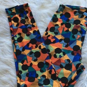LuLaroe $10 when you bundle 3or more leggings
